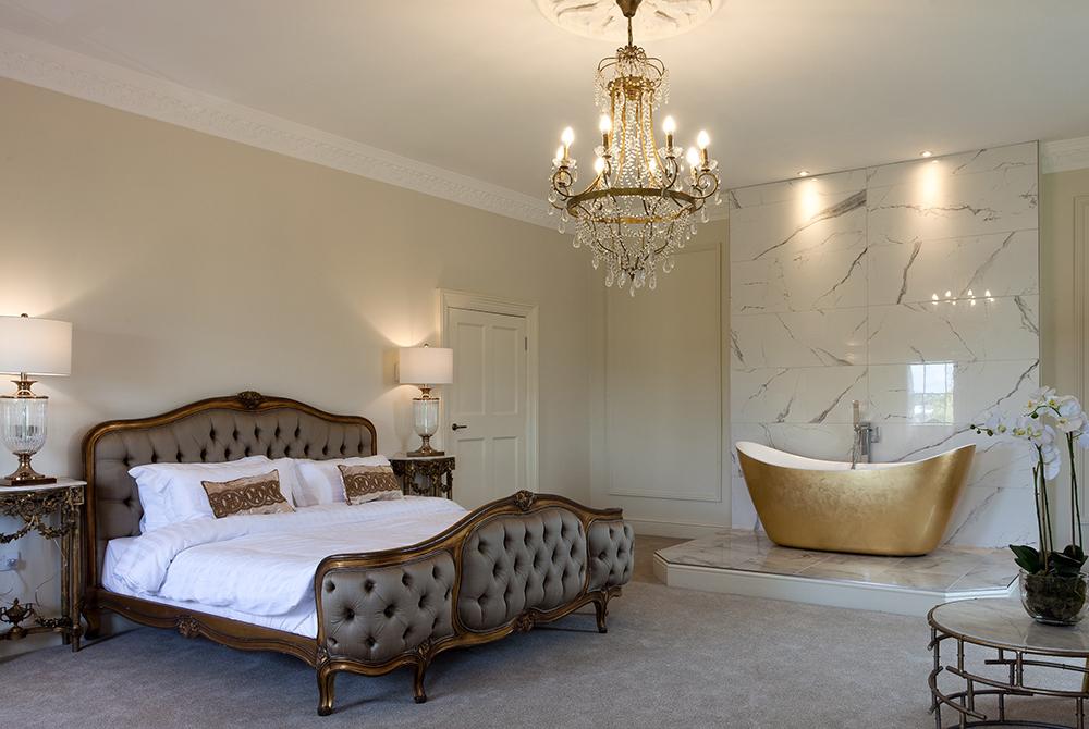 Winstanley Suite Bed and Bath